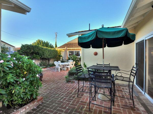 Santa Cruz Vacation Rental - 1600 West Cliff - Back Patio